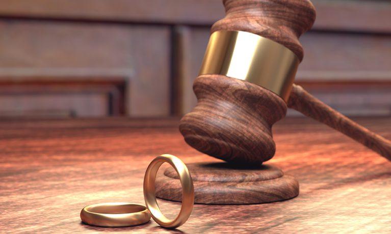 Fault Divorce vs. No-Fault Divorce